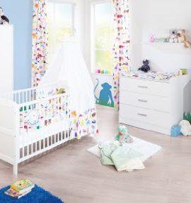 Pinolino-100022-B-Kinderzimmer-Viktoria-Kinderzimmer-3-teilig-mit-breiter-Wickelkommode-2-trigem-Kleiderschrank-und-Kinderbett-teilmassiv-wei-unifarben-unisex-0